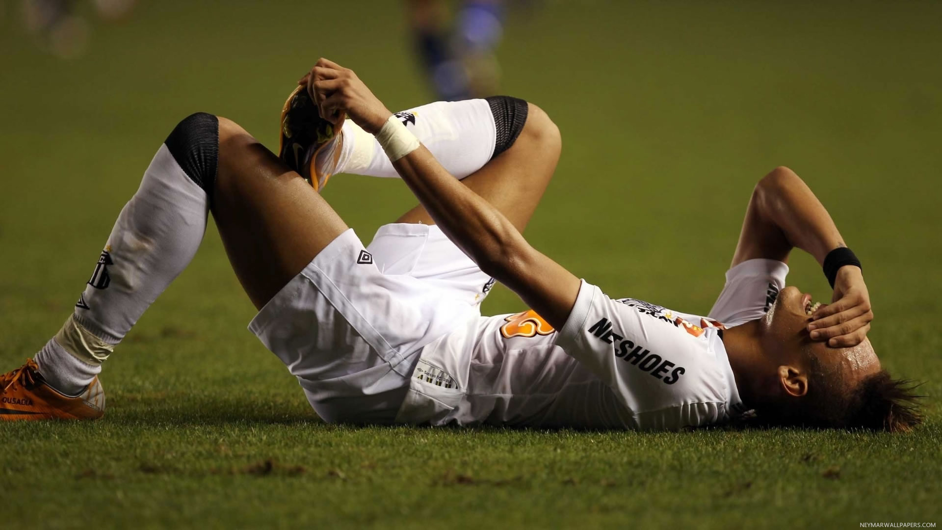 Neymar lying hurt wallpaper