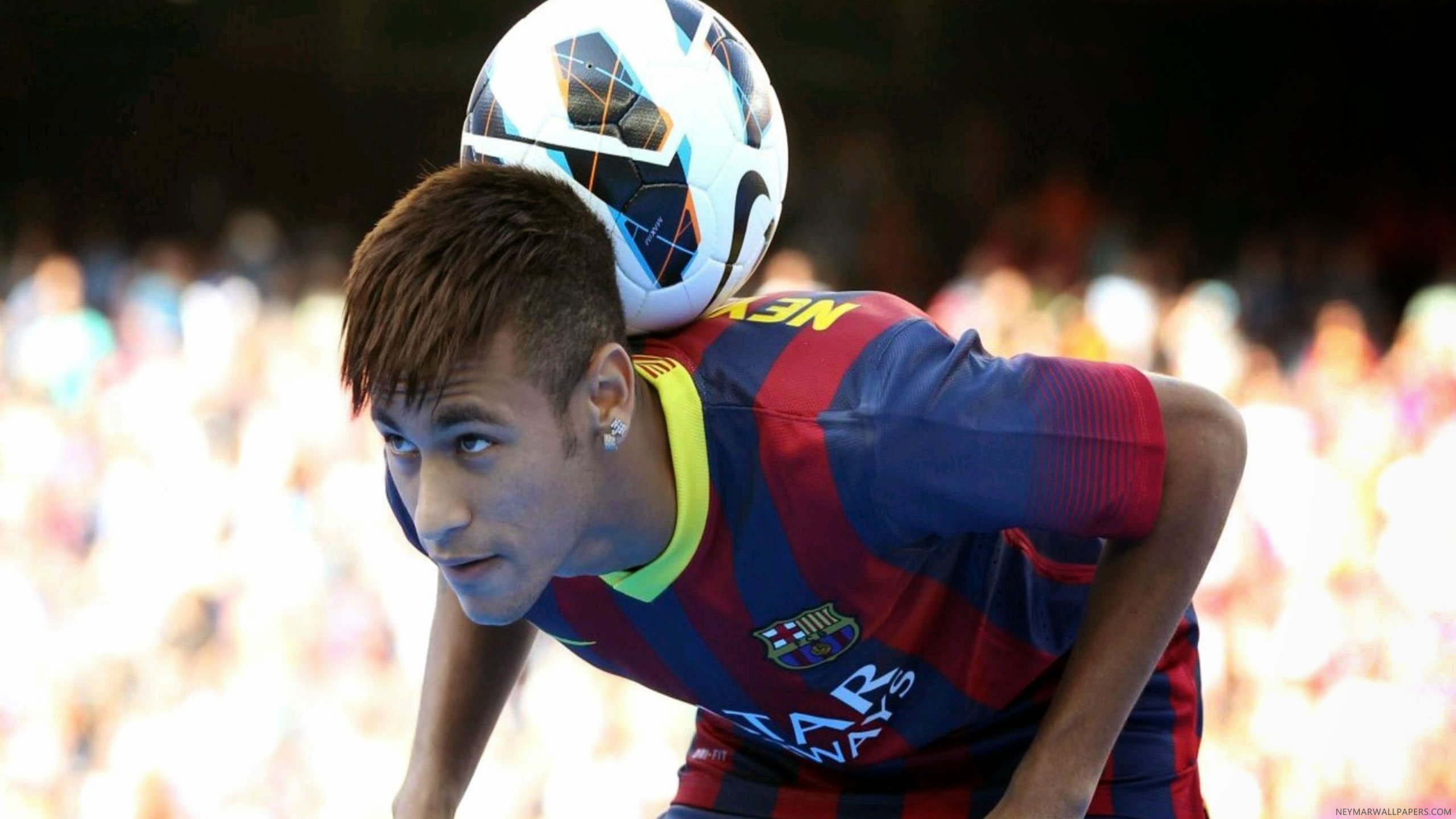 Neymar with ball wallpaper (3)