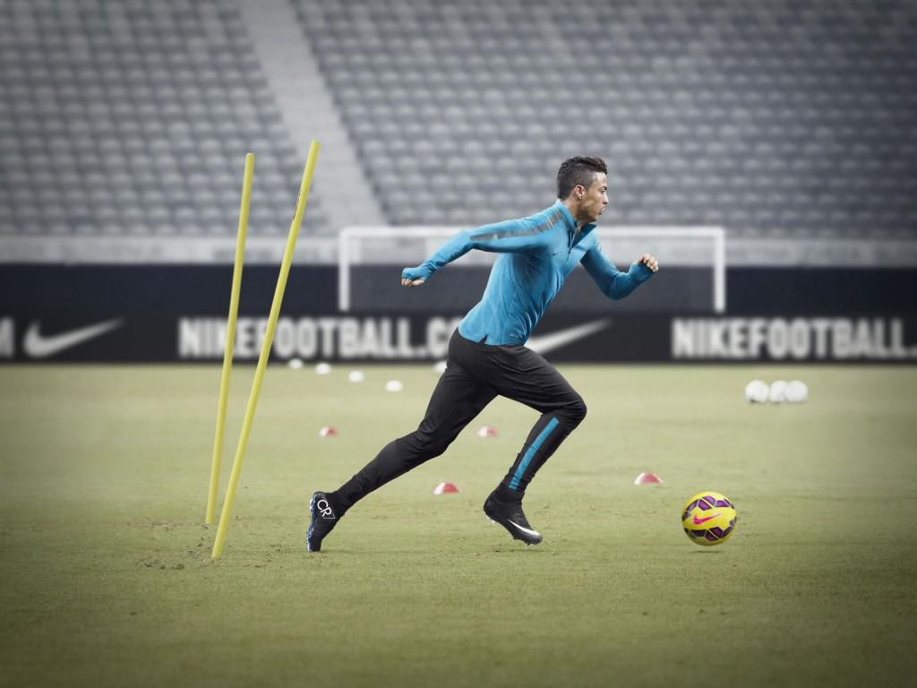Cristiano Ronaldo Nike Running Wallpaper Cristiano Ronaldo