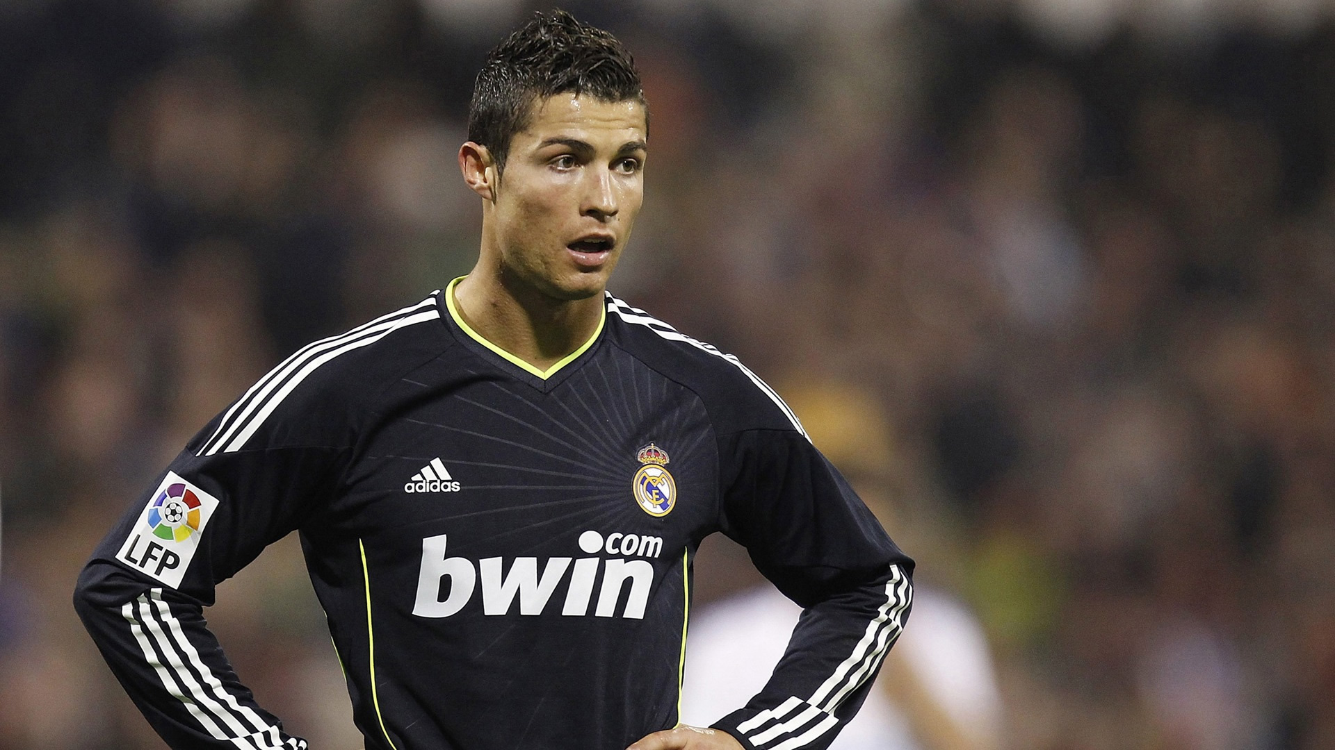 Cristiano Ronaldo black Real Madrid jersey wallpaper