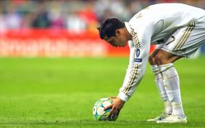 Cristiano Ronaldo Free Kick Wallpaper