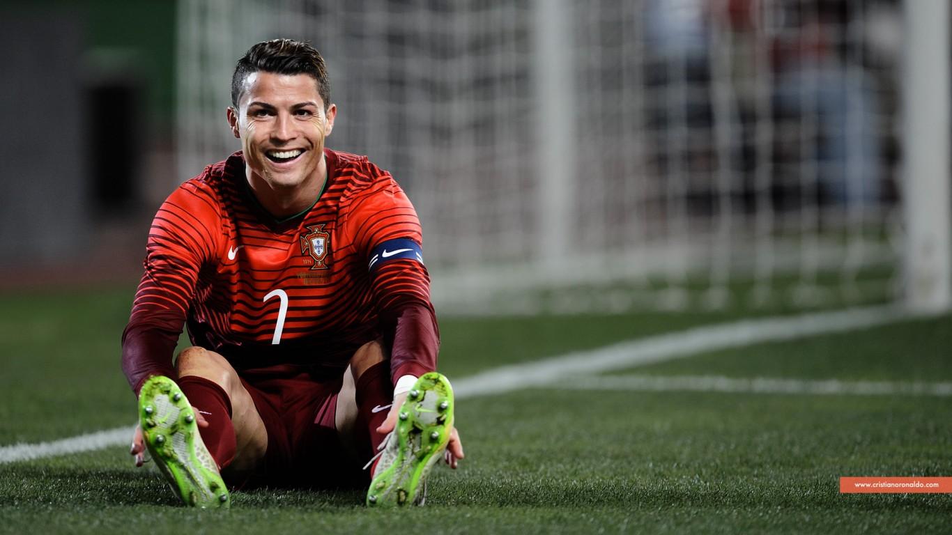 Cristiano Ronaldo Smiling In Portugal Jersey Wallpaper